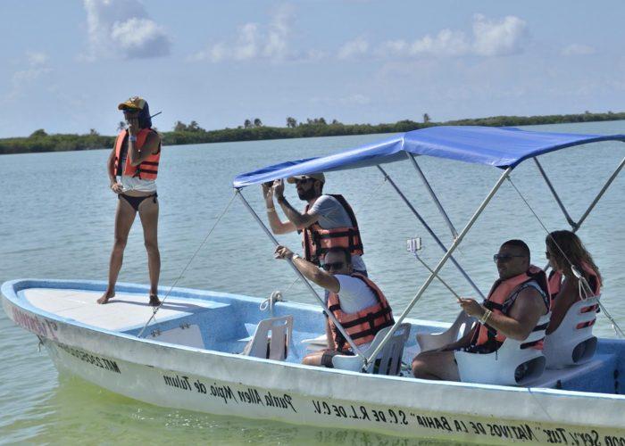 private boat tour sian ka'an